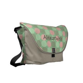 Gullig toto för blöja för rosa- och gröntpersonlig kurir väska