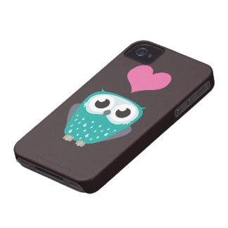 Gullig uggla- & kärlekhjärta iPhone 4 hud