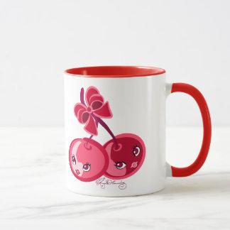 Gulliga flickaktigt röda körsbär mugg