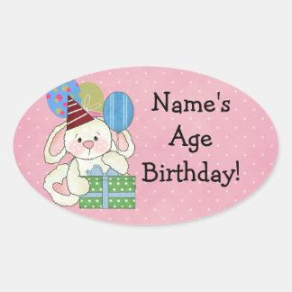 Gulliga kaninfödelsedagklistermärkear ovalt klistermärke
