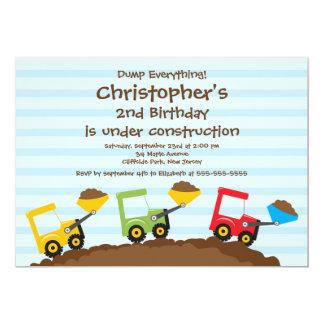 Gulliga lastbilpojkefödelsedagsfest inbjudan