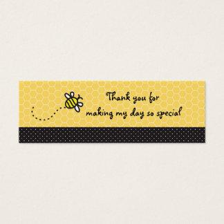 Gulliga märkre för humlababy showertack litet visitkort