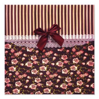 Gulliga rosa- och bruntvintageblommor fotografiska tryck