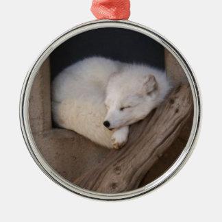 Gulligt arktiskt sova för räv julgransprydnad metall