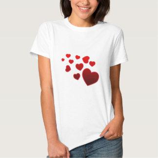 """Gulligt design """"för åtskilliga hjärtor"""" t-shirts"""