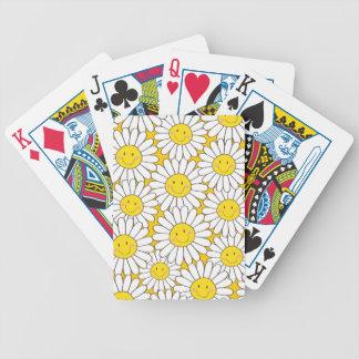 Gulligt le vitdaisymönster spelkort