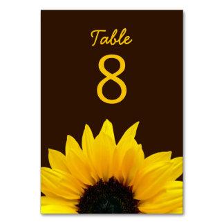 Gult bröllop för solrosblommabrunt bordsnummer