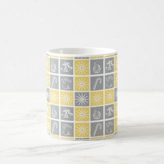 gult mönster för täcke för gråttvinterhelgdagar kaffemugg