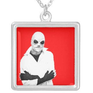 Guppa det röda främmande halsbandet silverpläterat halsband