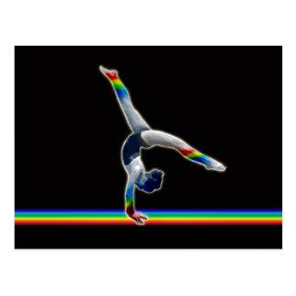 Gymnasten på en regnbåge strålar vykort