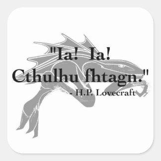 H.P. Lovecraft citationsteckenklistermärkear Fyrkantigt Klistermärke