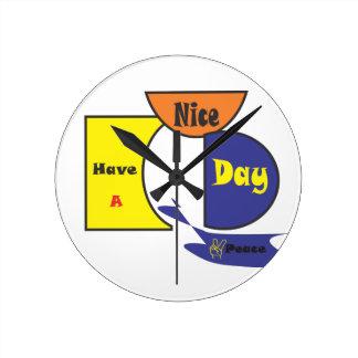 Ha en trevlig dag att ta tid på rund klocka