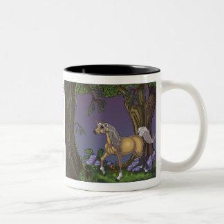 Ha kaffe med en Unicorn Två-Tonad Mugg