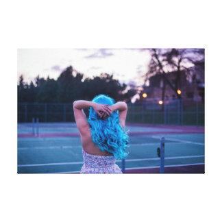 Haired flicka för blått canvastryck