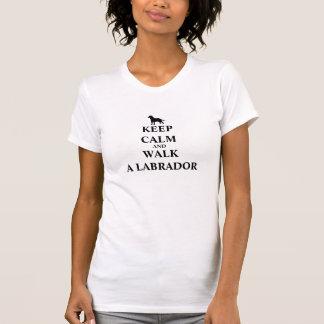 Håll lugn & gå Labrador humorkvinna t-skjorta Tee Shirt