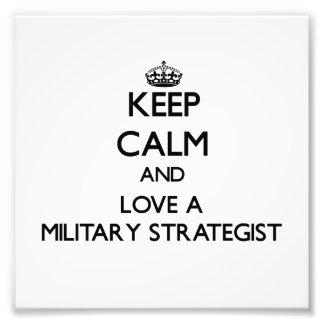Håll lugn och älska en militär strateg