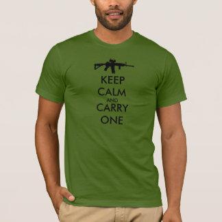 Håll lugn och bär en AR15 - som GÖRAS I USA T Shirts