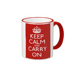 Håll lugn och bär på kaffe mugg