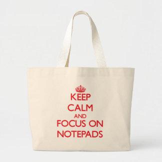 Håll lugn och fokusera på anteckningsblock kasse