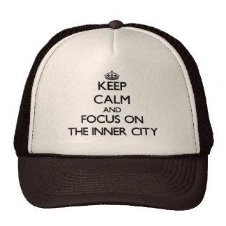 Håll lugn och fokusera på centra baseball hat