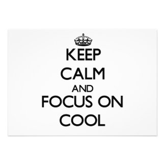 Håll lugn och fokusera på coola anpassade inbjudningskort