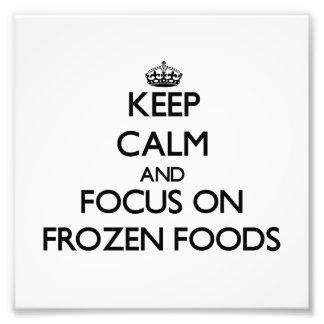 Håll lugn och fokusera på djupfryst matar foto