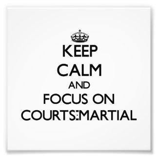 Håll lugn och fokusera på Domstol-Krigs-