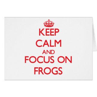 Håll lugn och fokusera på grodor hälsningskort