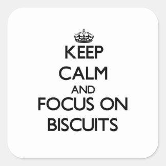 Håll lugn och fokusera på kexar fyrkantigt klistermärke