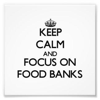 Håll lugn och fokusera på matbanker foton