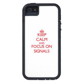 Håll lugn och fokusera på Signals iPhone 5 Case-Mate Fodraler