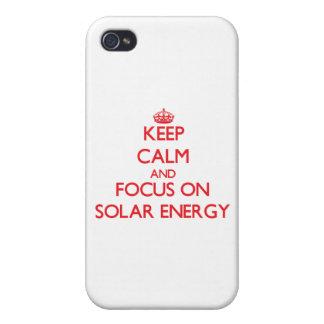 Håll lugn och fokusera på sol- energi iPhone 4 cases