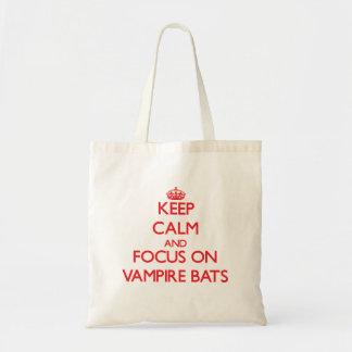 Håll lugn och fokusera på vampyrfladdermöss kassar