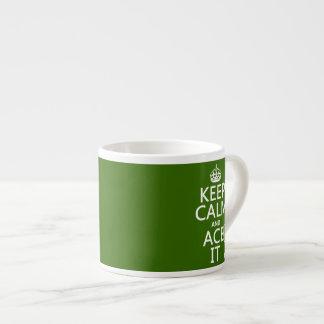 Håll lugn och göra ett ess på den (tennis) (i espressomugg