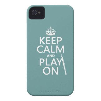 Håll lugn och leka på (oboe) (någon färg) iPhone 4 hud