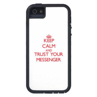 Håll lugn och lita på din budbärare iPhone 5 hud