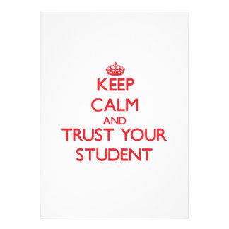 Håll lugn och lita på din student anpassningsbara inbjudningskort