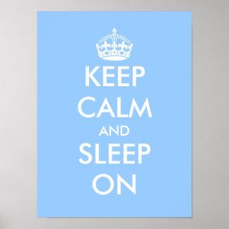 Håll lugn och sova på | den baby blue barnkammarea affischer