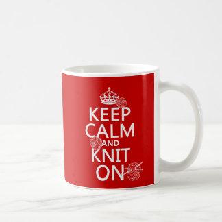 Håll lugn och sticka på - allt färgar kaffemugg