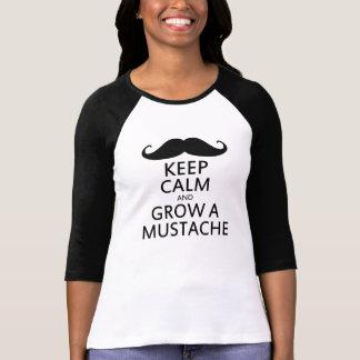 Håll lugn och väx en mustasch t-shirts