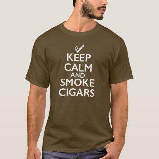 Håll lugnat och röka cigarrer t shirts
