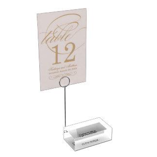 Hållare för personligt bröllpbordkort
