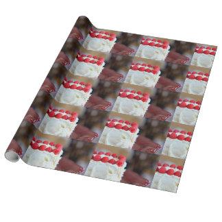 Hallon och kräm- tårta presentpapper