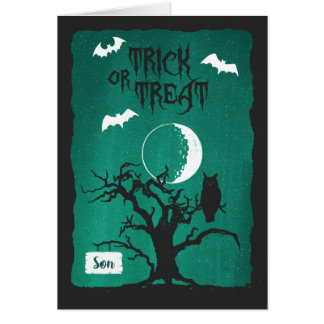 Halloween för böjd trädmåne för Son ugglan slår Hälsningskort