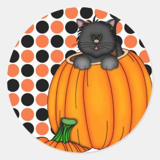 Halloween kattT-tröja och gåvor Runt Klistermärke