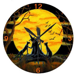 Halloween tar tid på, häxan, fladdermöss, ormen, g stor klocka