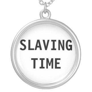 Halsband som slavar Time