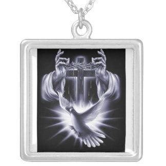 halsbandet för helig ande silverpläterat halsband