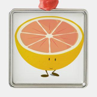 Halv grapefrukt som ler teckenet julgransprydnad metall