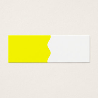 Halv gult litet visitkort
